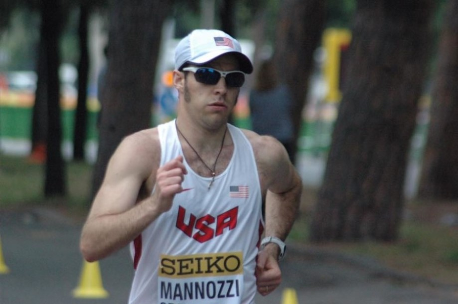 Wearing the France 2 during the 50k at the World Race Walking Team Championships.